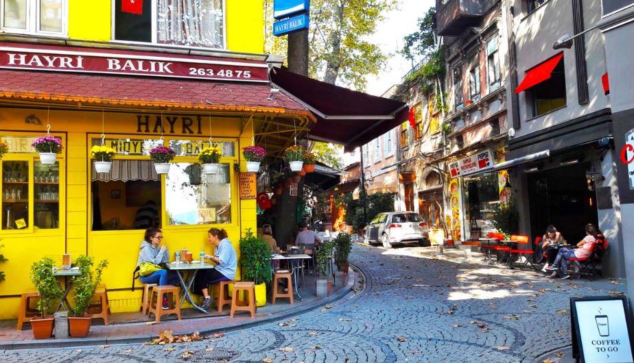 İstanbul'da Yaşanacak En Güzel Yerler - Arnavutköy Evden Eve Nakliyat